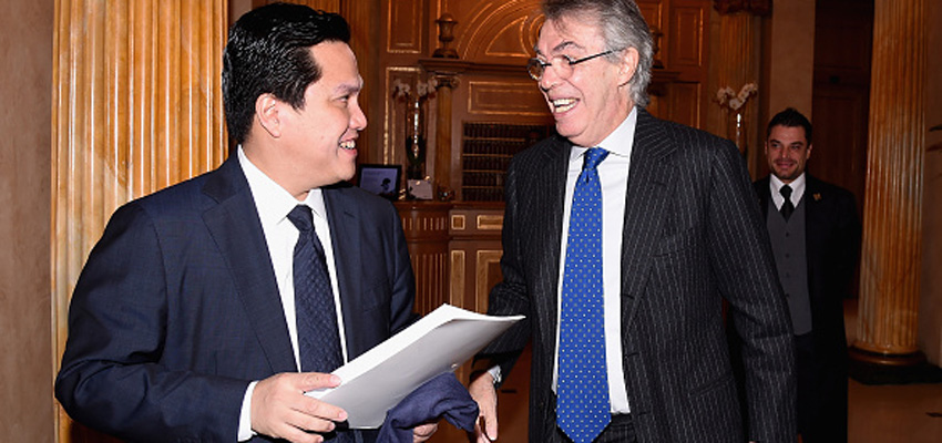 MILAN, ITALY - NOVEMBER 21:  Honorary President Massimo Moratti (R) and President Erick Thohir during FC Internazionale Milano Shareholders' Meeting on November 21, 2014 in Milan, Italy.  (Photo by Claudio Villa - Inter/Getty Images)