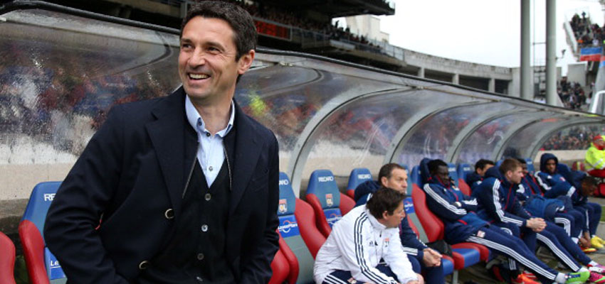 LYON, FRANCE - APRIL 28: Remi Garde, coach of Lyon looks on during the Ligue 1 match between Olympique Lyonnais, OL, and AS Saint-Etienne, ASSE, at the Stade Gerland on April 28, 2013 in Lyon, France. (Photo by John Berry/Getty Images)